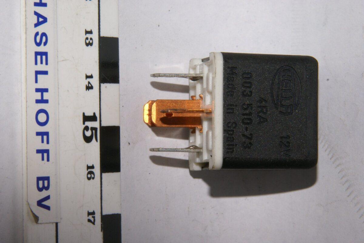 DSC01274 relais Volvo HELLA J 003510-73