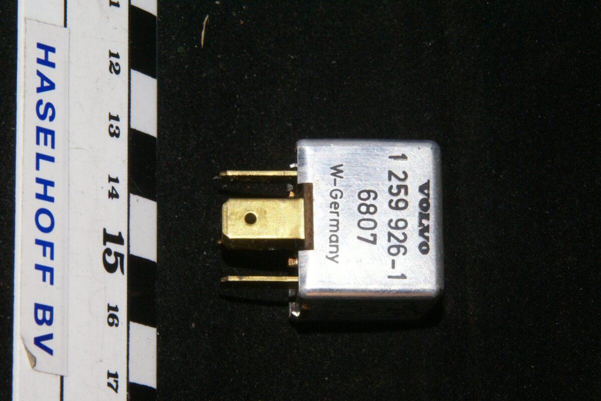 DSC01280 relais Volvbo 1259926-1 6807