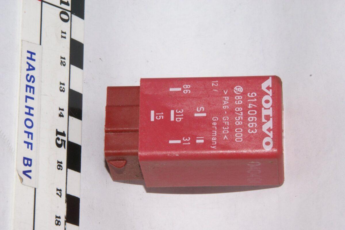 DSC01290 relais Volvo 9140663 898758000