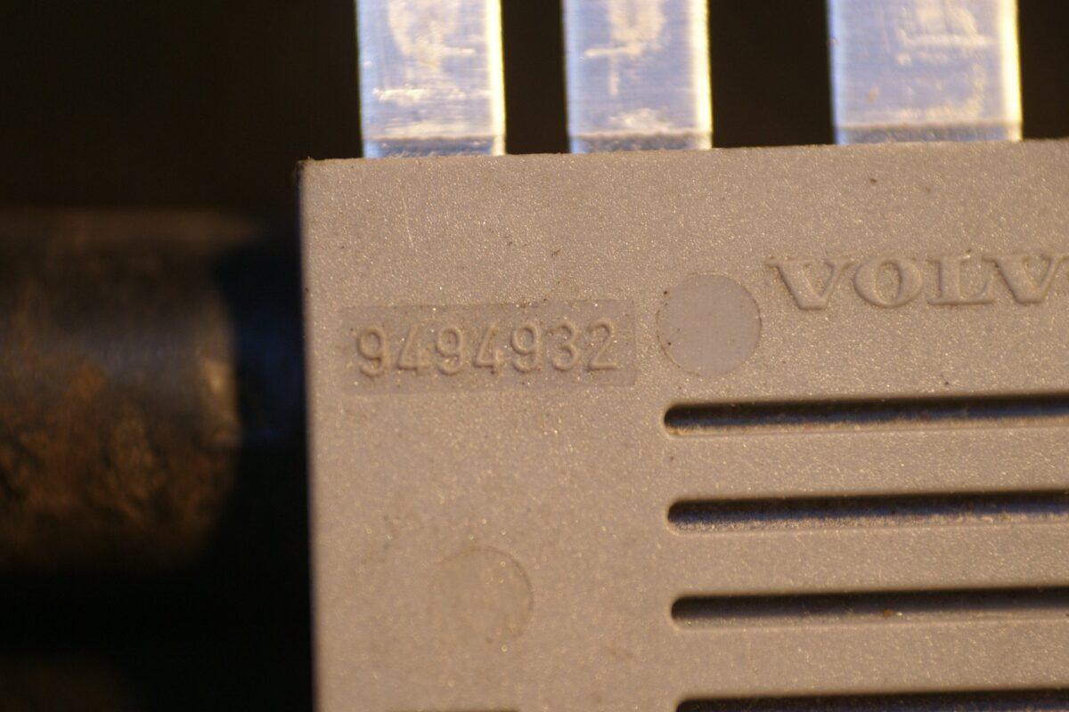 DSC01328 relais Volvo V XC70 9494932