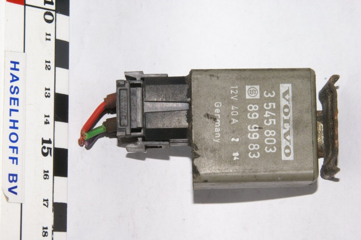 DSC01335 relais Volvo 3545803 899983