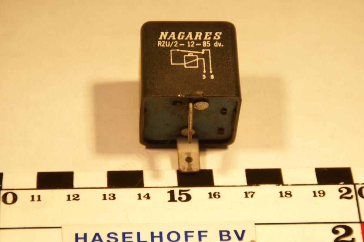 DSC01458 relais Volvo 24V 895205