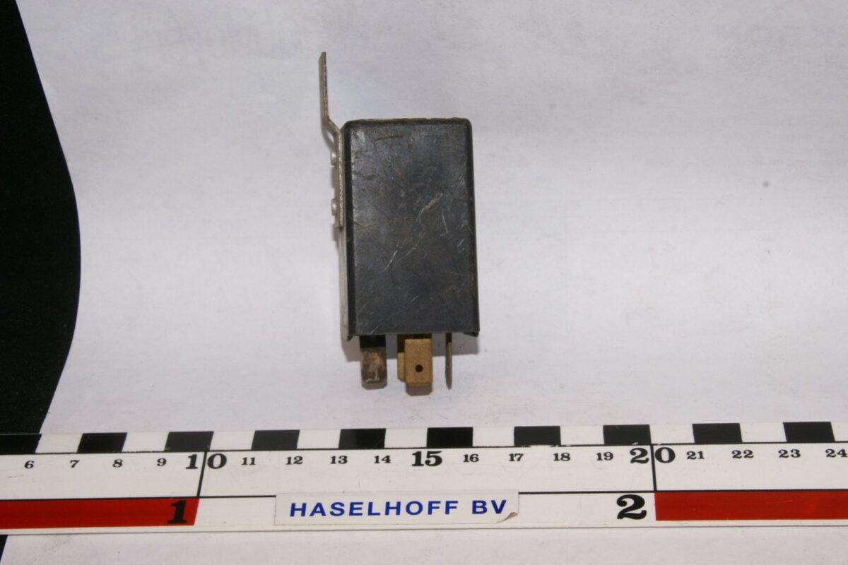 DSC01489 relais Volvo TBB264DB 002479-07