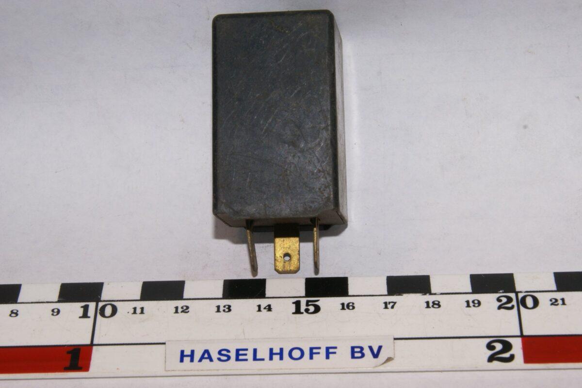 DSC01527 relais Volvo TBB30DOT 40B002478-16
