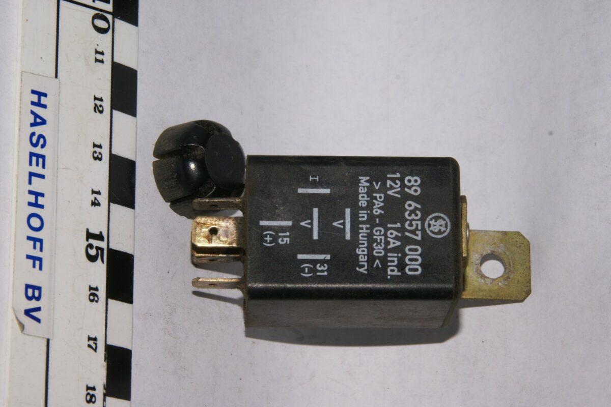 DSC01587 relais Volvo 896357000