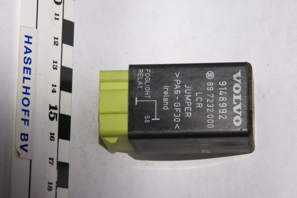 DSC01632 relais foglight  Volvo 213 9148992 897232000