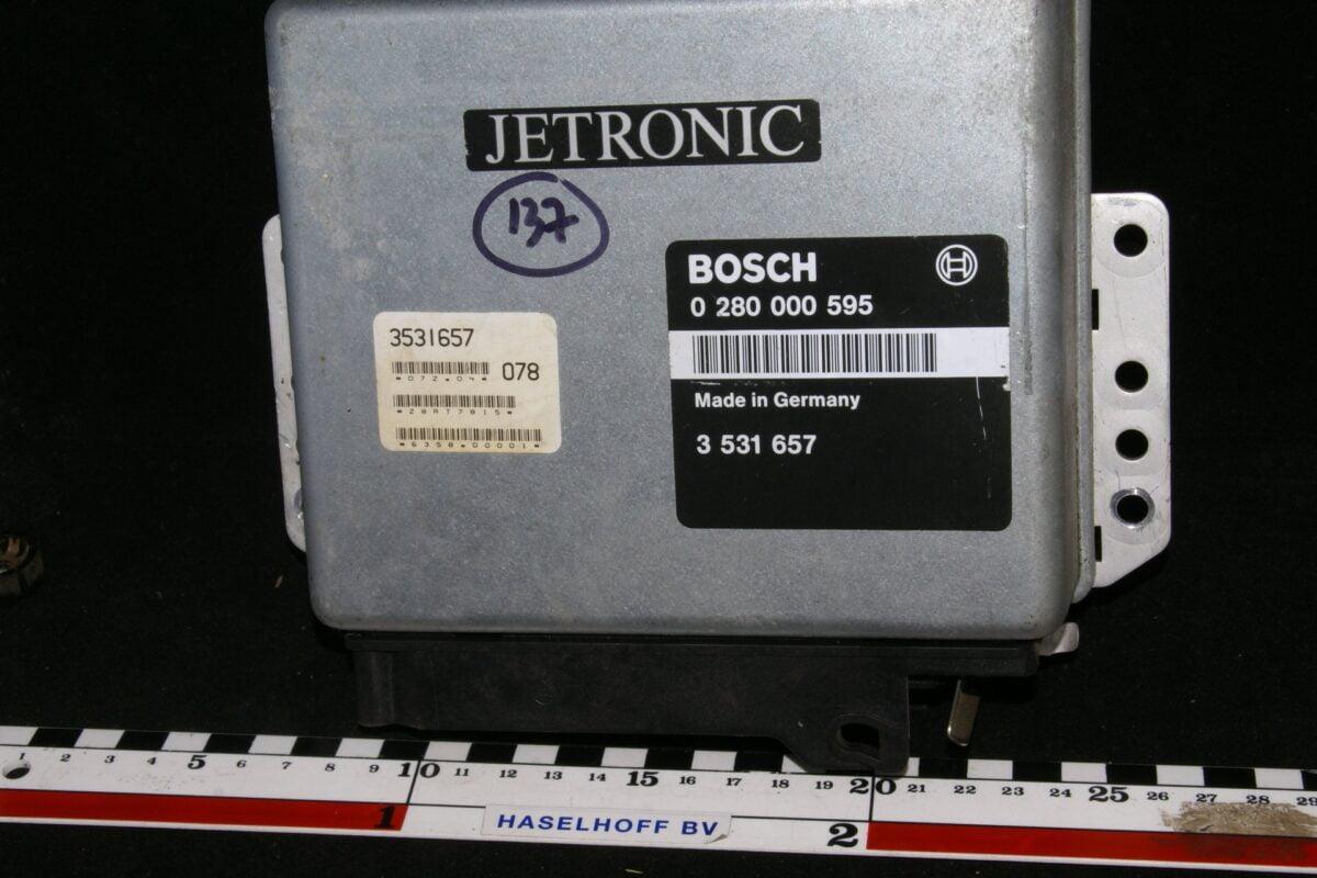 DSC01654 ecu Volvo BOSCH Jetronic 280000595