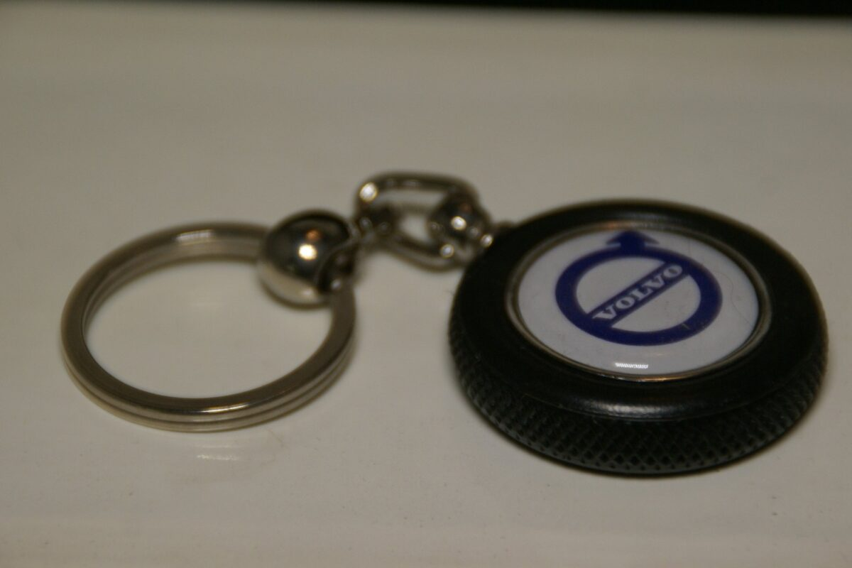 DSC08495 Volvo sleutelhanger band mint