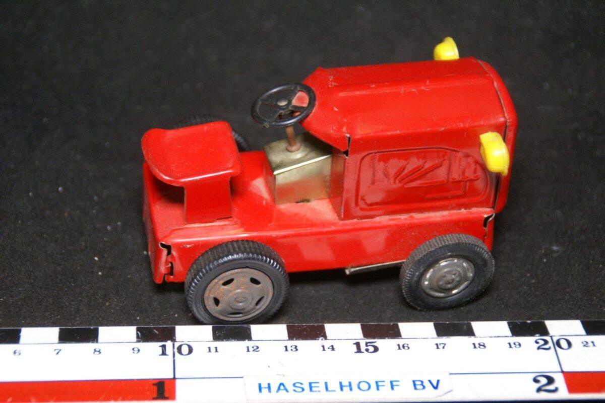 DSC08523 tractor blik rood mint