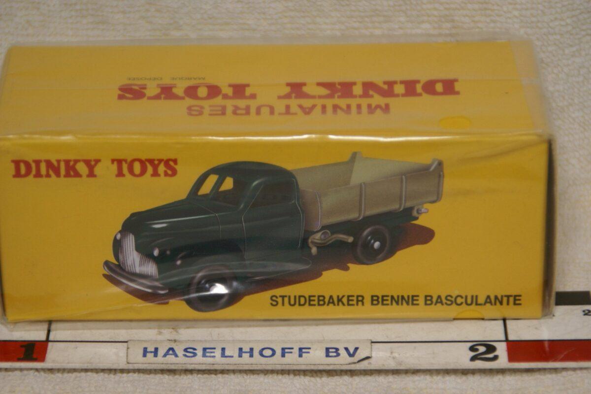 DSC08638 Studebaker Benne groen 1op43 Atlas Dinky Toys 565228 MB