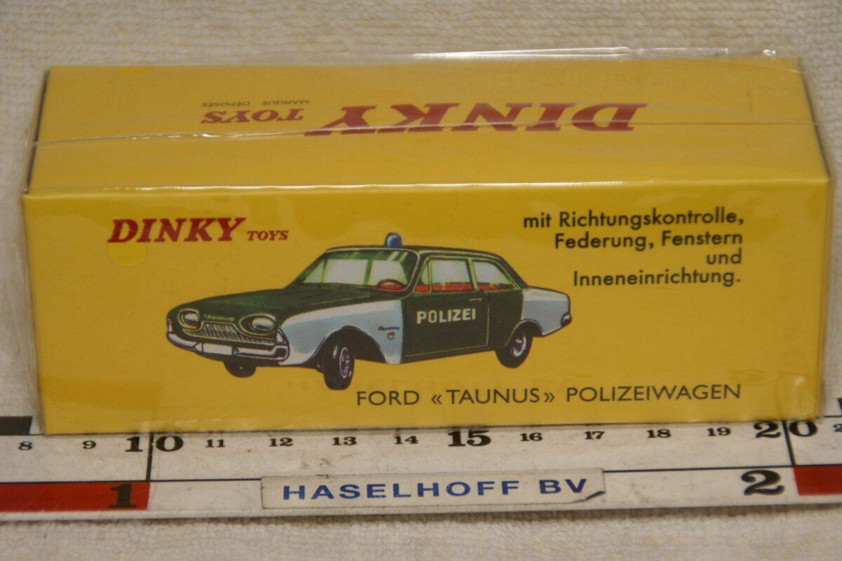 DSC08644 Ford Taunus politie 1op43 Atls Dinky Toys 4659129 MB