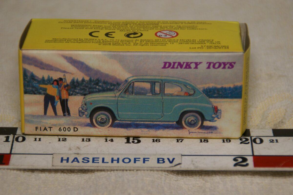 DSC08670 Fiat 600 D beige 1op43 Atlas Dinky Toys mb