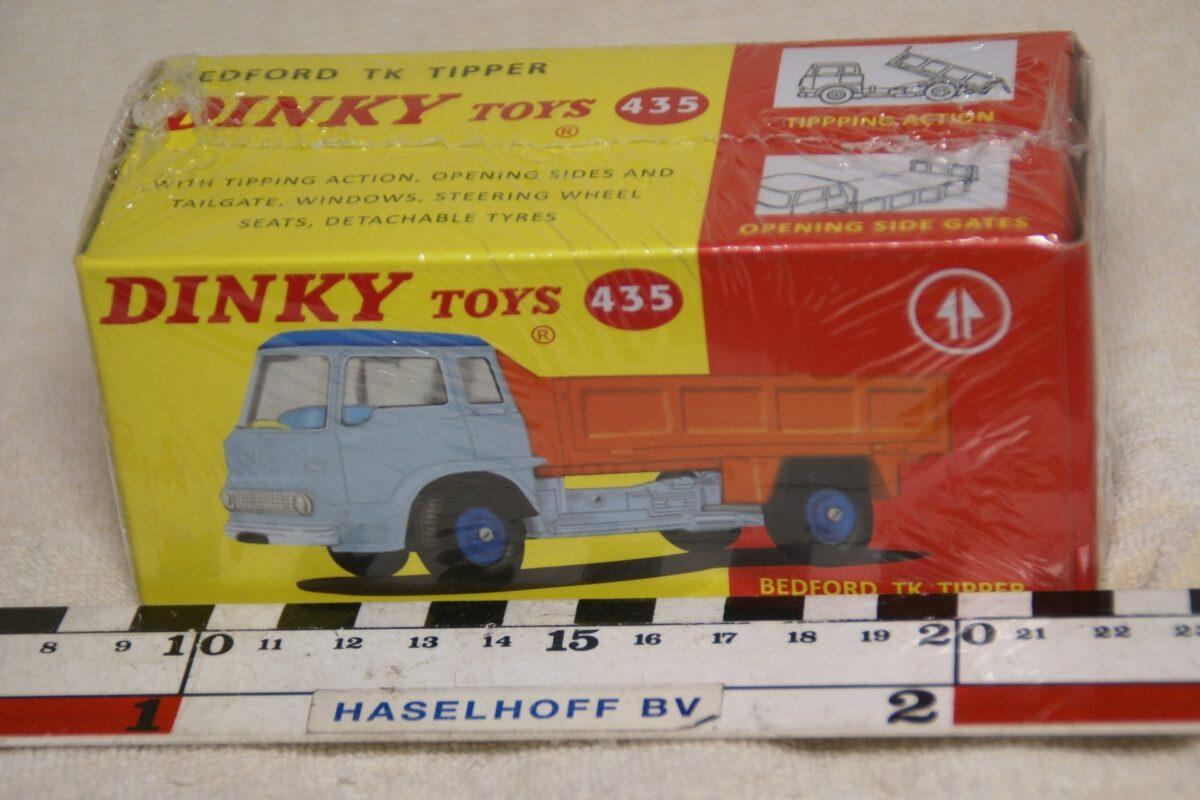 DSC08672 Bedford TK kiepwagen 1op43 Atlas Dinky Toys 4677103 MB