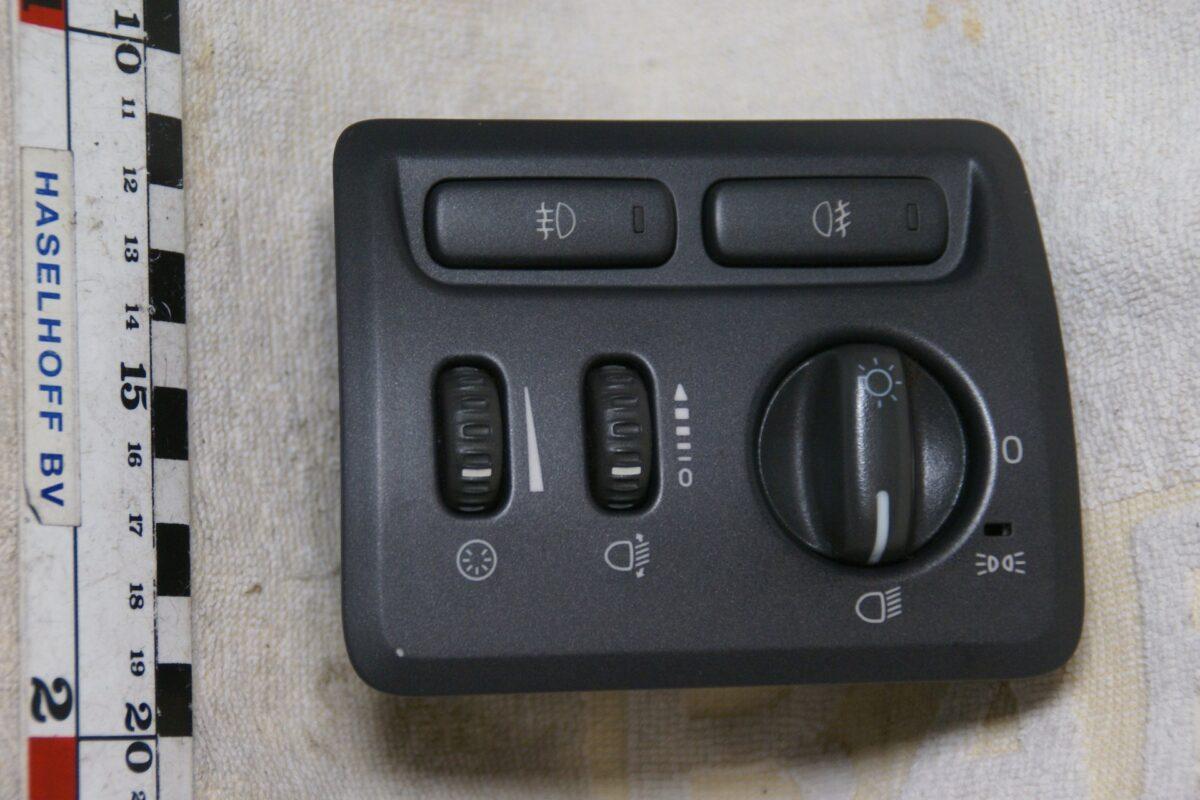 DSC00601 Volvo S60 V70 lichtschakelaar 9441233