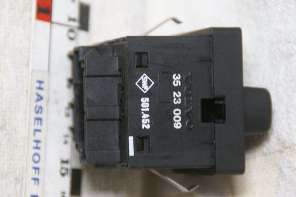 DSC00625 Volvo 850 lichtschakelaar 3523009