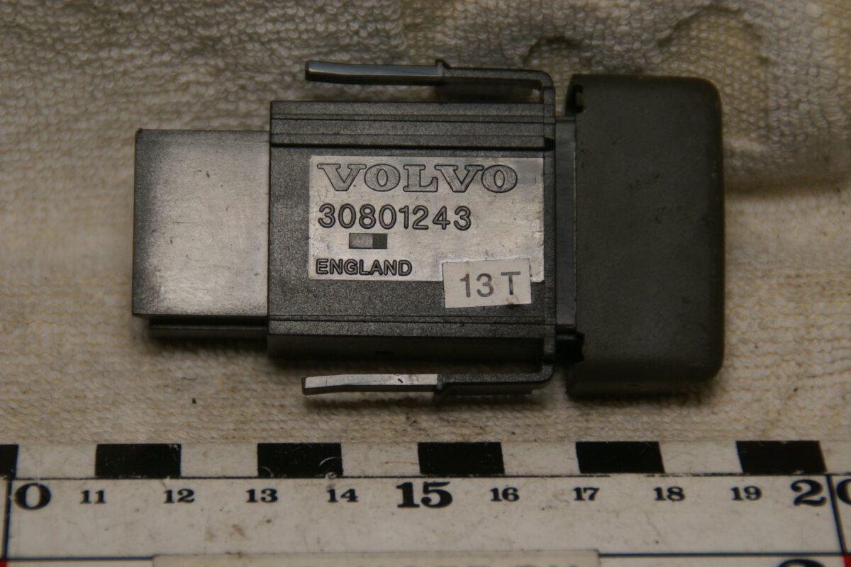 DSC00626 Volvo 850 lichtschakelaar 3523009