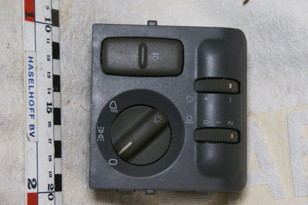 DSC00632 Volvo lichtschakelaar30862851