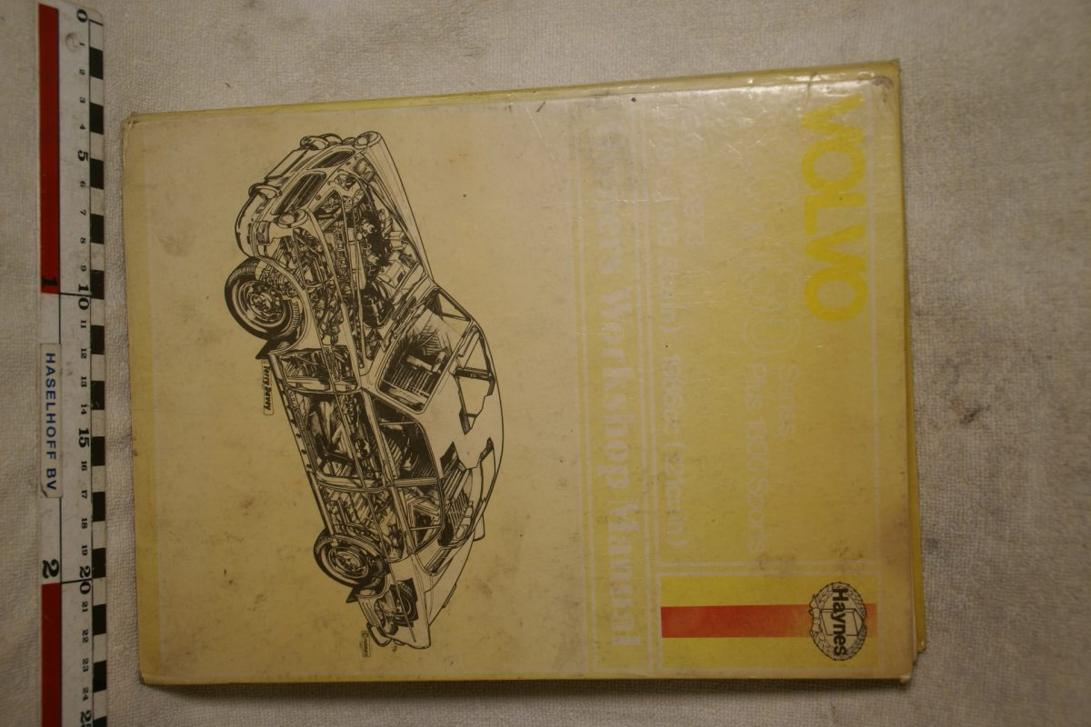 DSC00691 Volvo Amazon 1800 Haynes Manual Engels