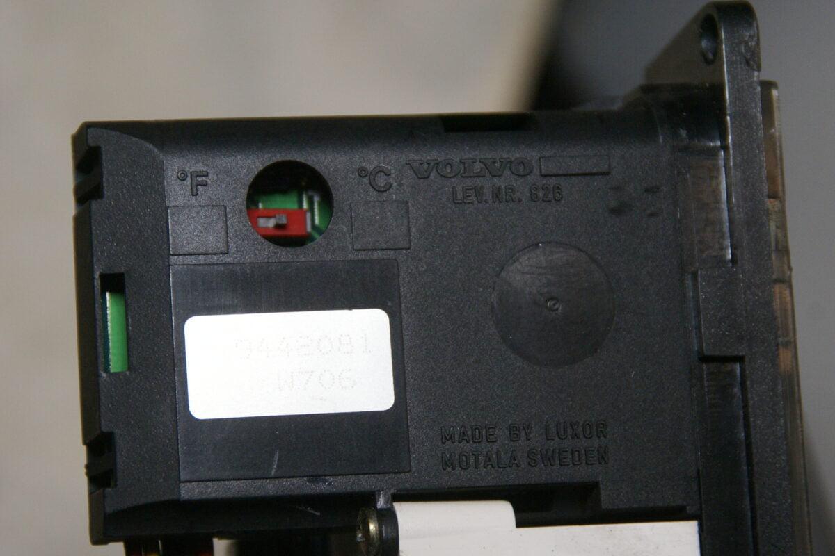 DSC00784Volvo S90 V90 buitenthermometer 9442081