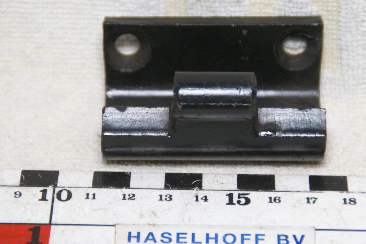 DSC00792 Volvo scharnier 602558 NOS