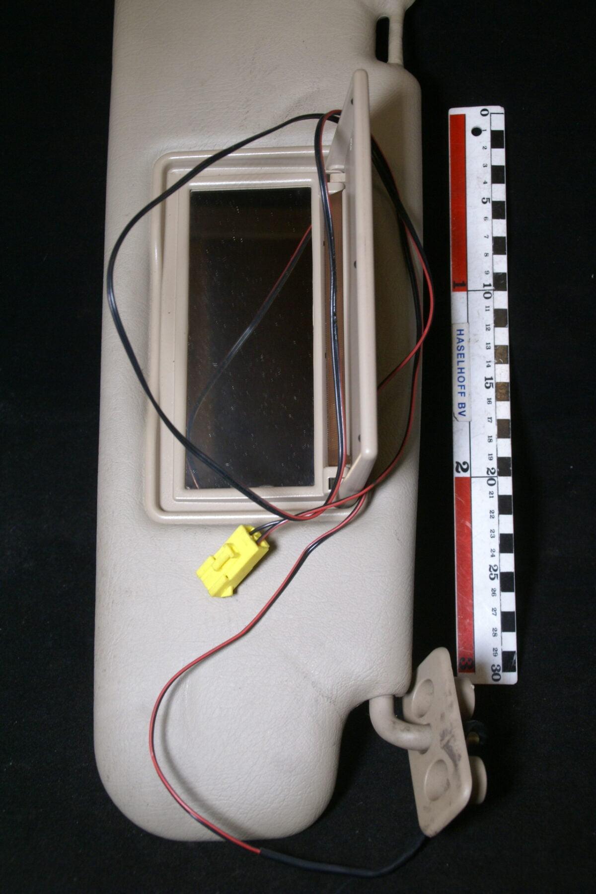 DSC00807 Volvo 700 900 zonneklep met verlichting