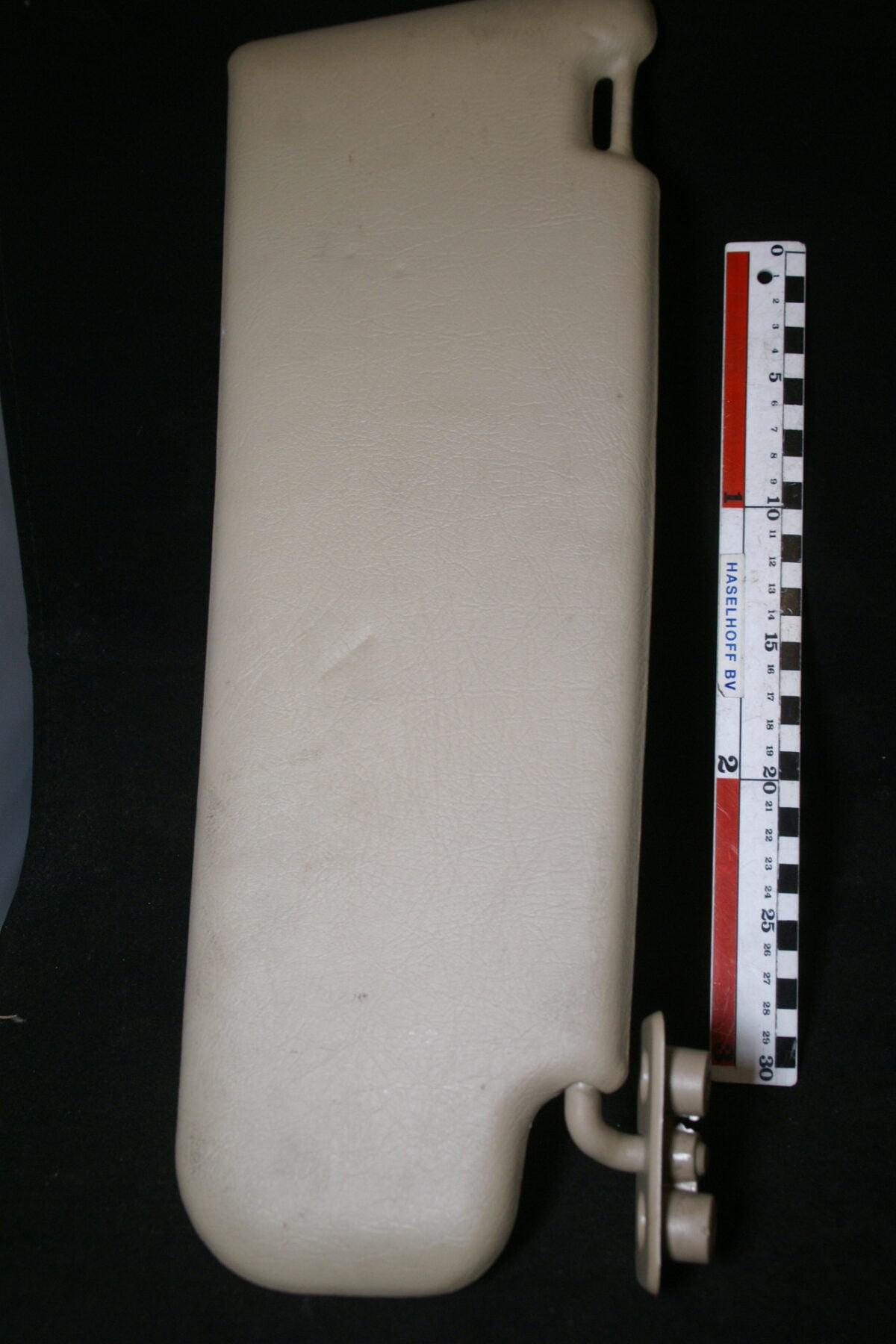 DSC00808 Volvo 700 900 zonneklep