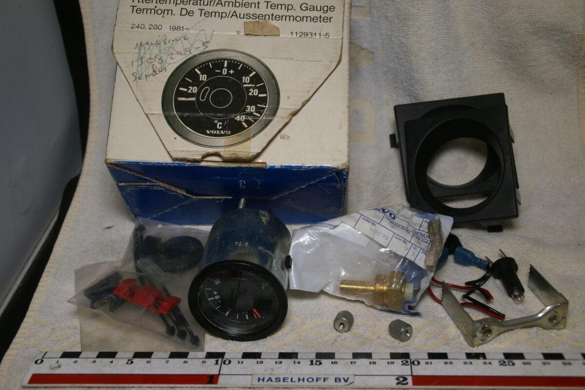 DSC00825 Volvo 200 buitentemperatuurmeter 1129311 NOS 60