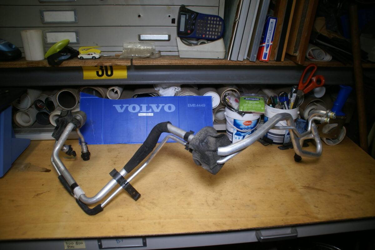 DSC00926 Volvo V70 airconditioningleidingen