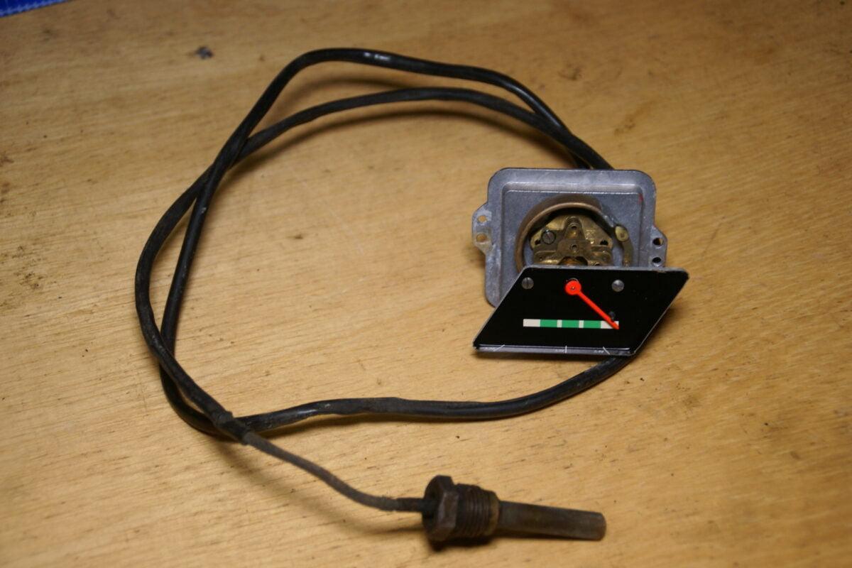 DSC01002 Volvo Amazon temperatuurmeter vroeg model 3352