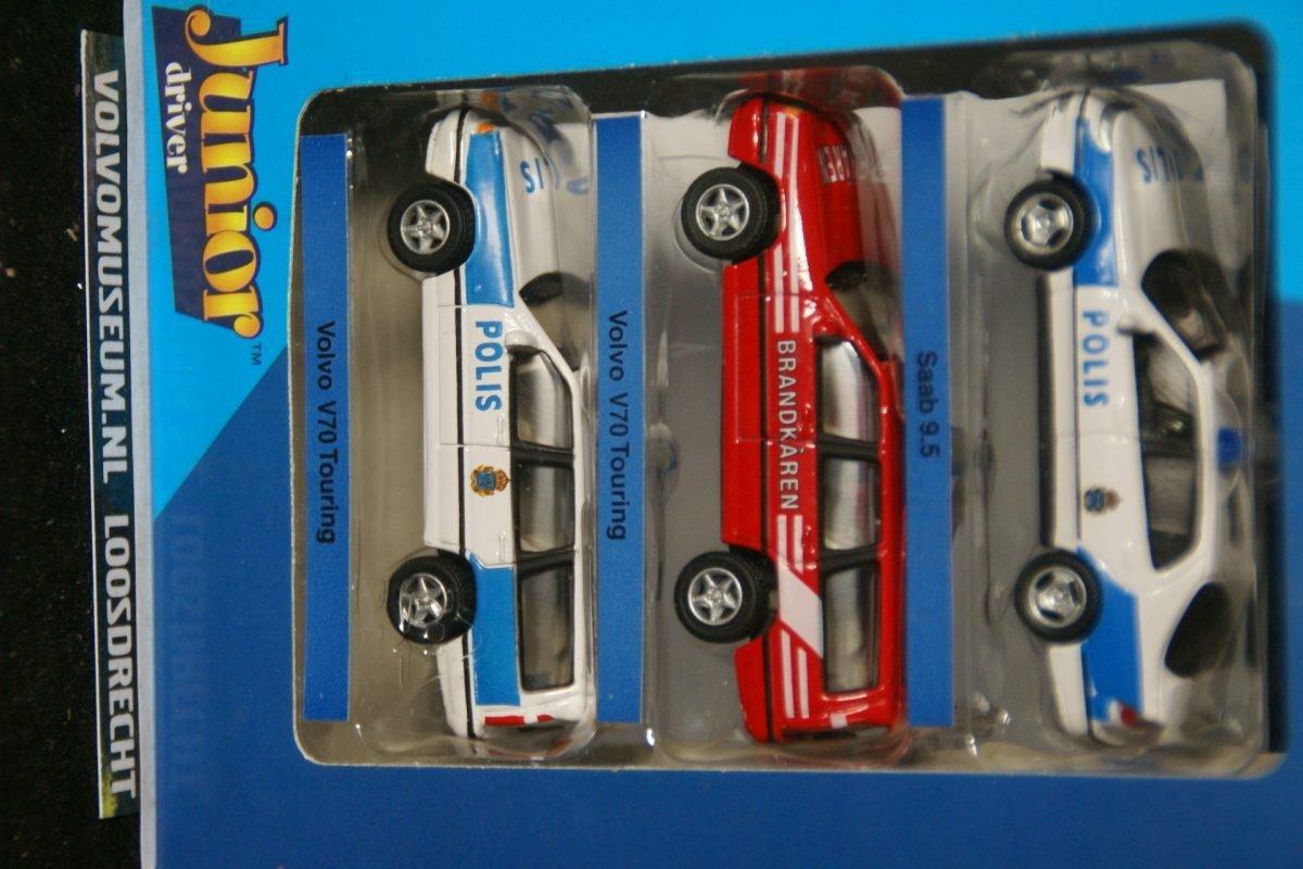 DSC02838 miniatuur Volvo V70 polis met V70 brandweer en Saab 9-5 1op72 Brio  181208 MB