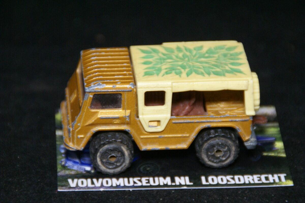 DSC02955 miniatuur Volvo C202 Laplander bruin plants ca 1op70 Majorette bespeeld