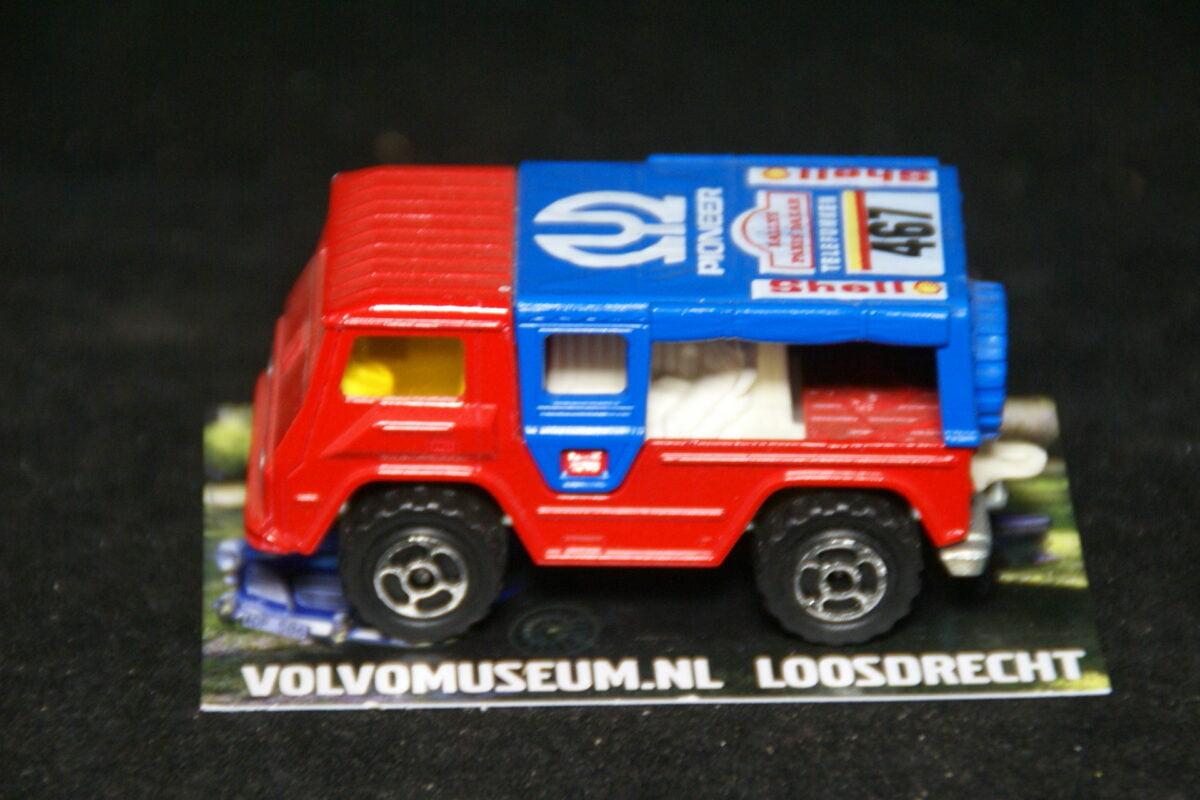 DSC02956 miniatuur Volvo C202 Laplander rood Pioneer ca 1op70 Majorette mint