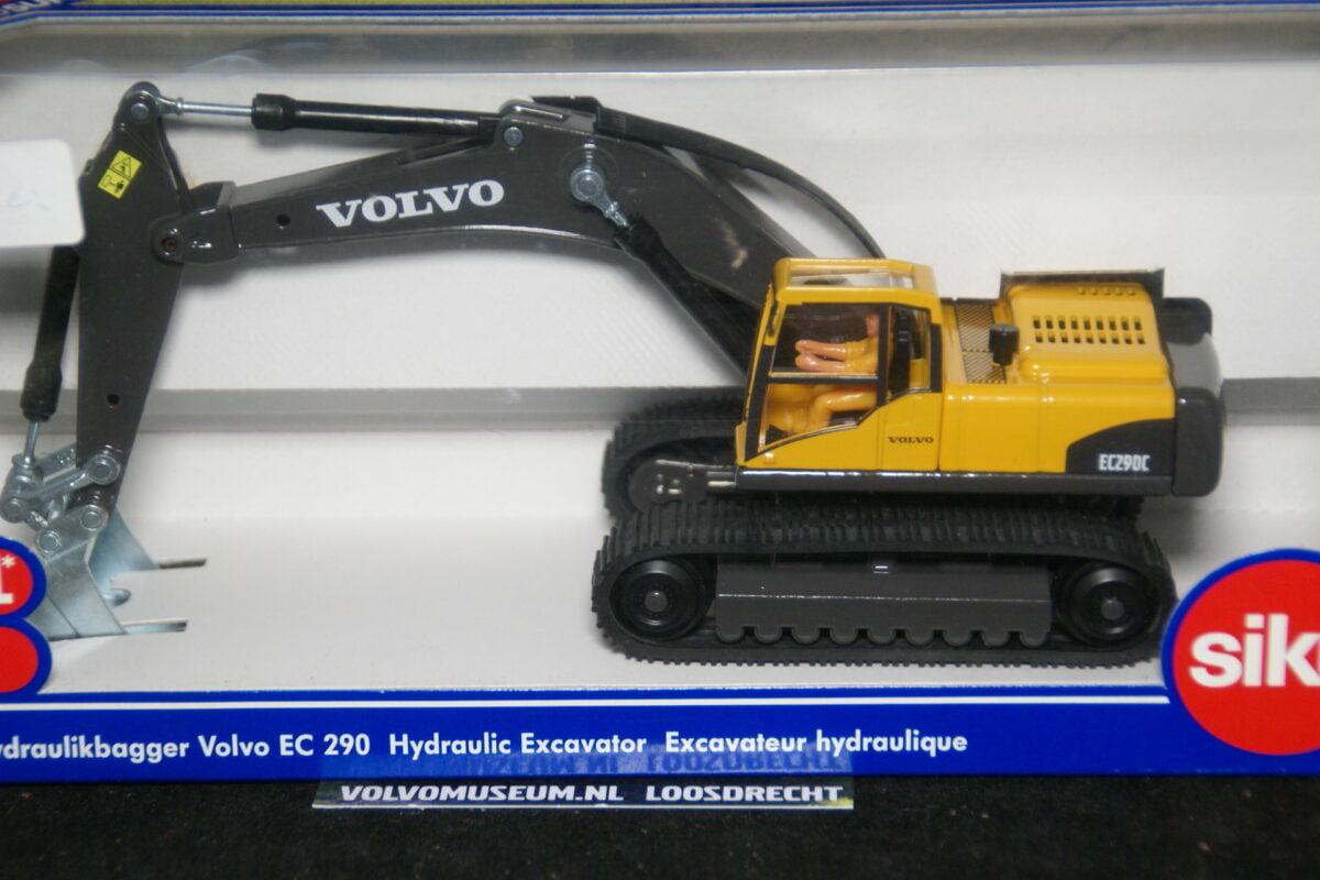 DSC02977 miniatuur Volvo EC290 graafmachine geel 1op87 Siku 035359 MB