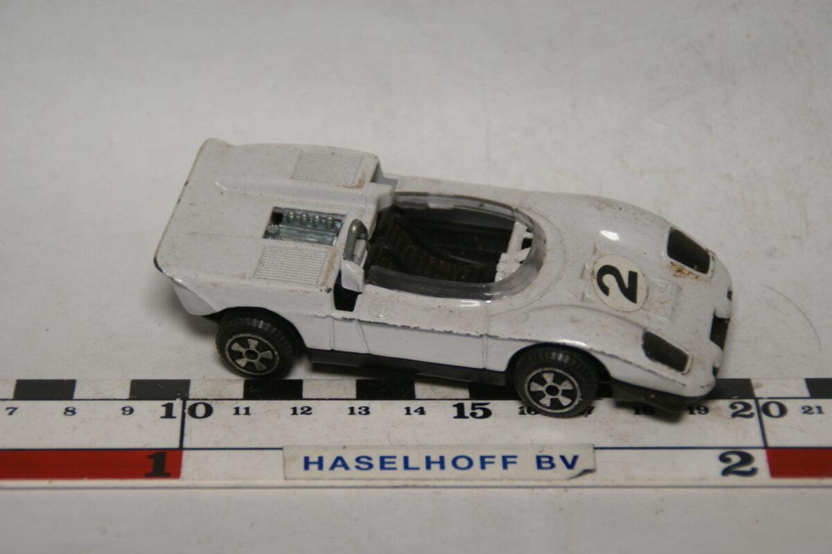 DSC07691 miniatuur Ford Mirage wit 1op43 Polistil nr 15