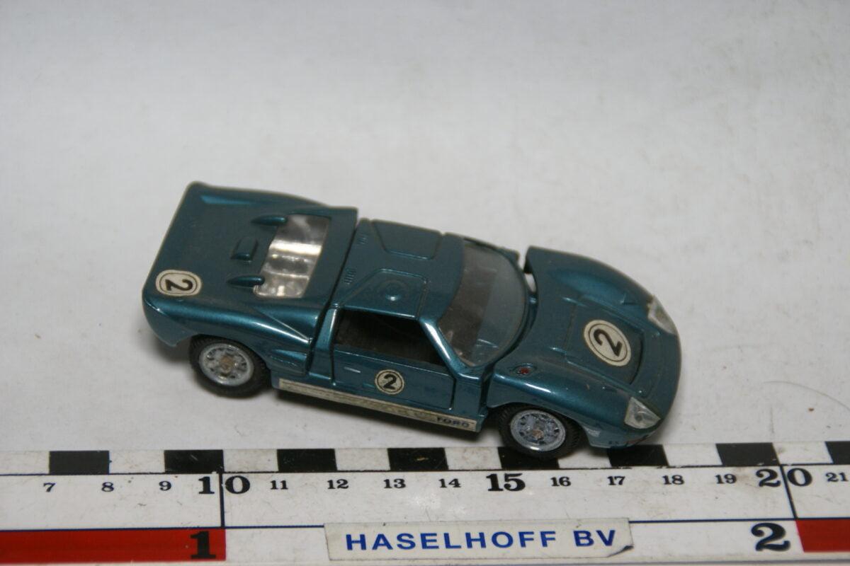 DSC07763 miniatuur Ford GT40 MkII blauw 1op43 Mebetoys nr A-24