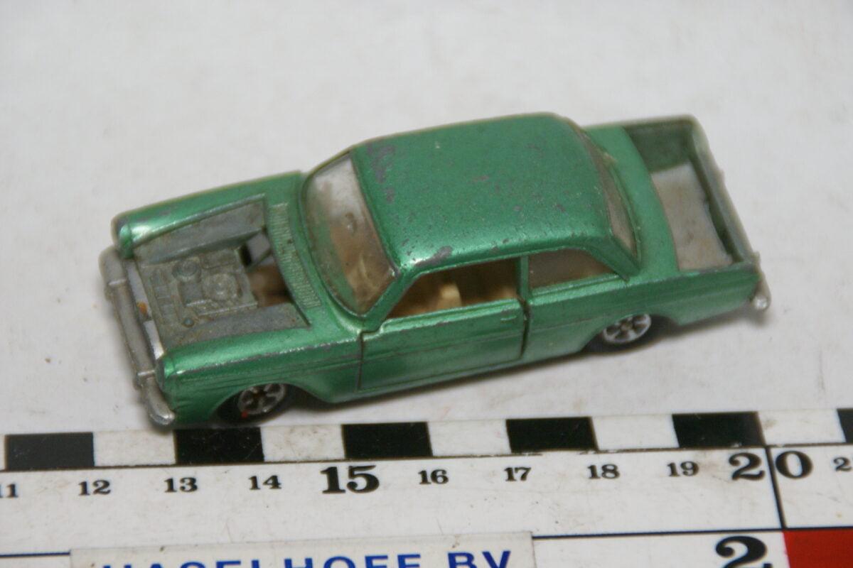 DSC07844 miniatuur Ford Taunus 12M groen ca 1op50 Impy Road Master