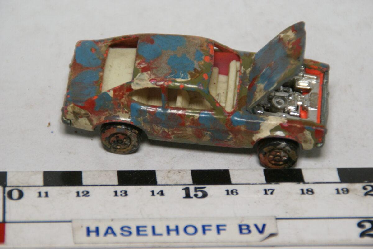 DSC07852 miniatuur 1970 Ford Capri rose ca 1op70 Matcbox nr 54