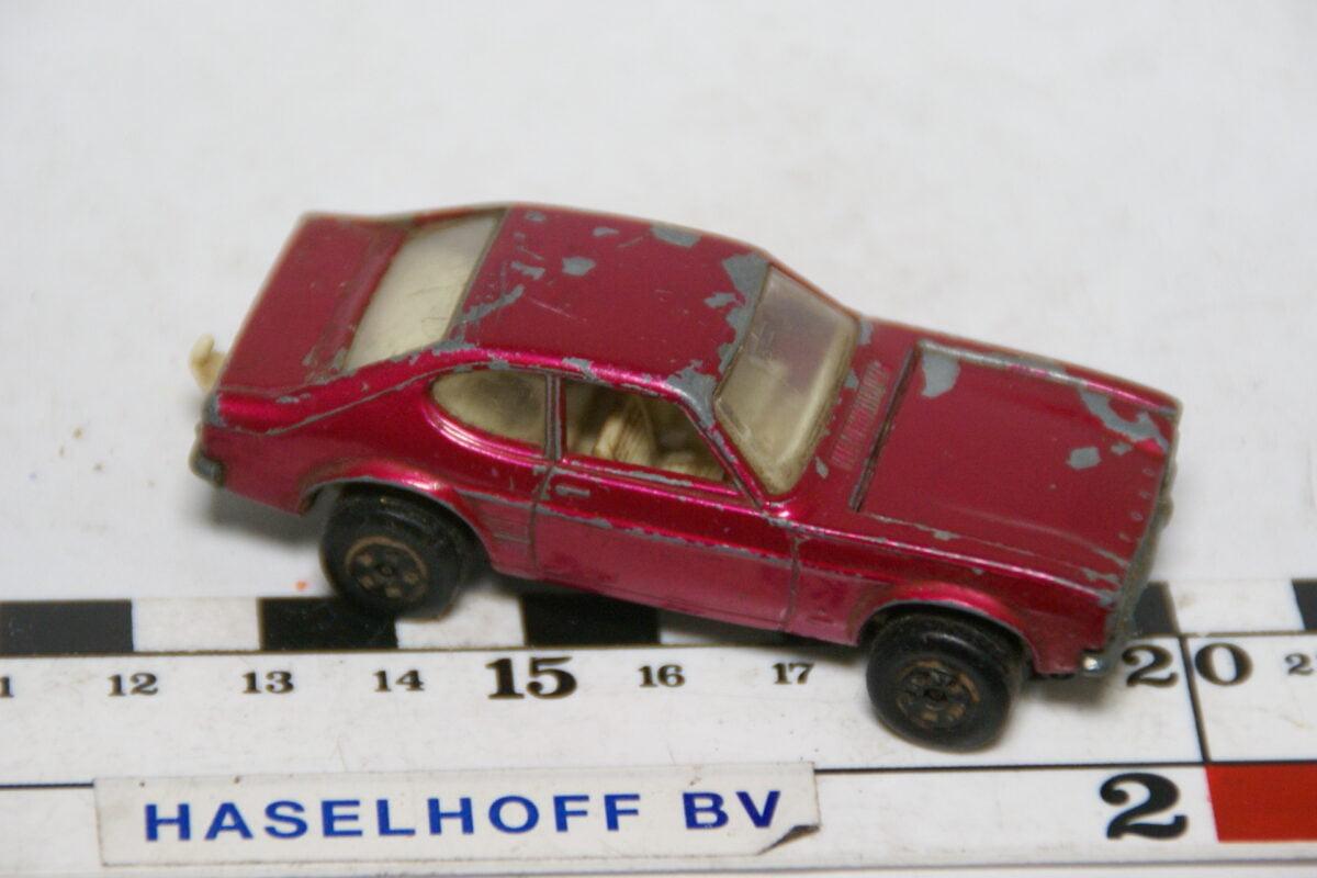 DSC07856 miniatuur 1970 Ford Capri rood ca 1op70 Matcbox nr 54