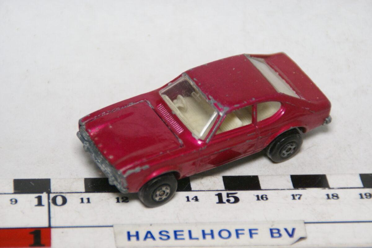 DSC07882 miniatuur 1970 Ford Capri rood ca 1op70 Matcbox nr 54