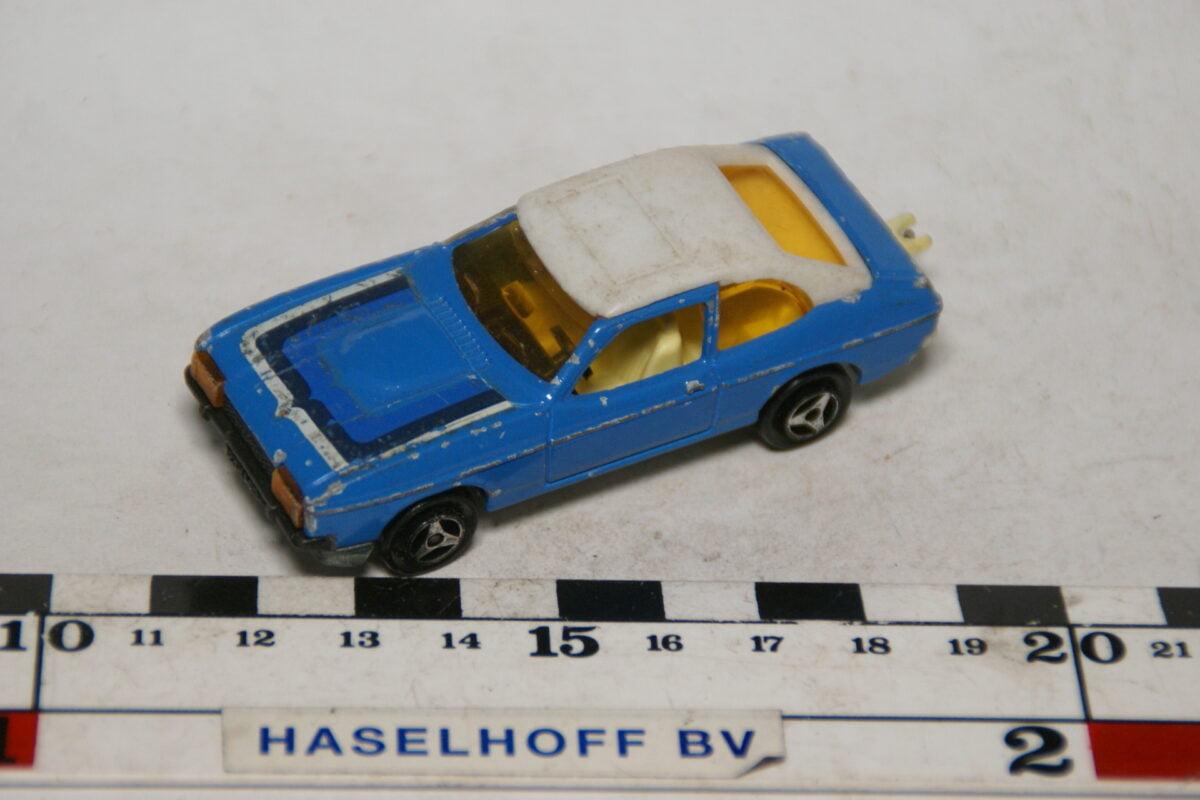 DSC07900 miniatuur Ford Capri blauw wit 1op60 Majorette nr 251