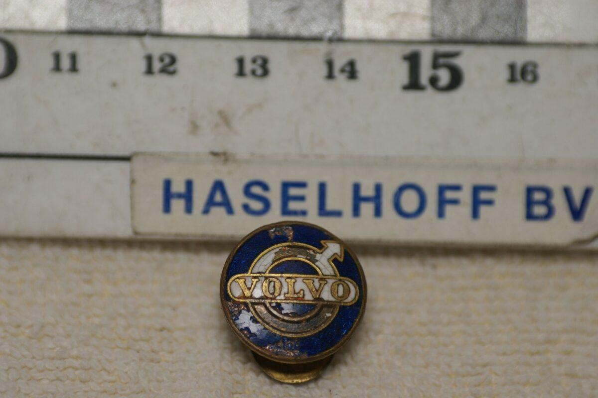 DSC08581 Volvo enamel manchet of reversknoop jaren 40