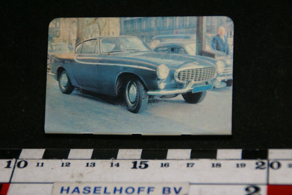 DSC08619 blik verzamelplaatje Volvo P1800 Jensen Biekens