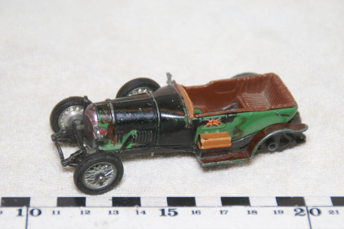 DSC08966 miniatuur ca 1927 Bentley groen ca 1op43 Corgi Toys