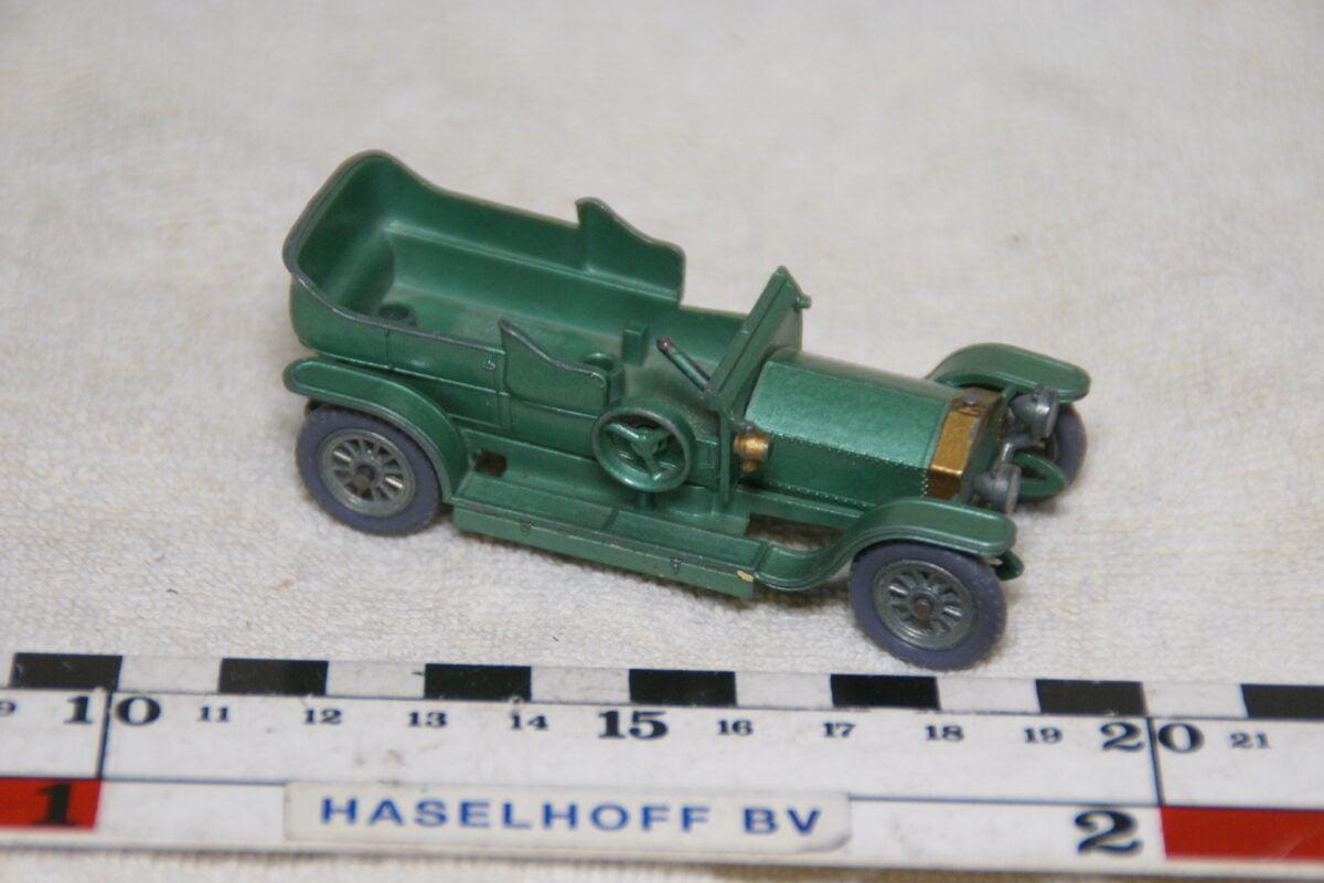 DSC08970 miniatuur 1907 Rolls Royce Silver Ghost groen  ca 1op43 Models of Yesteryear no 15