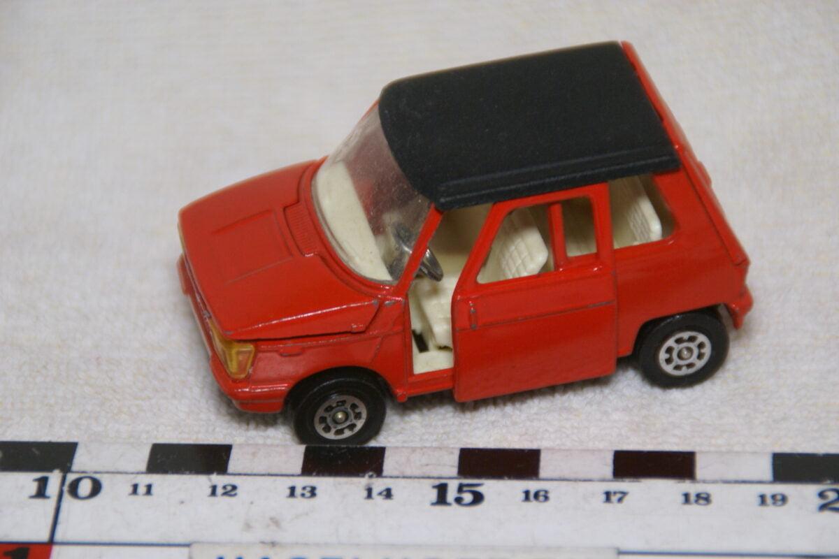 DSC08978 miniatuur Osi DAF City rood 1op43 Corgi Toys