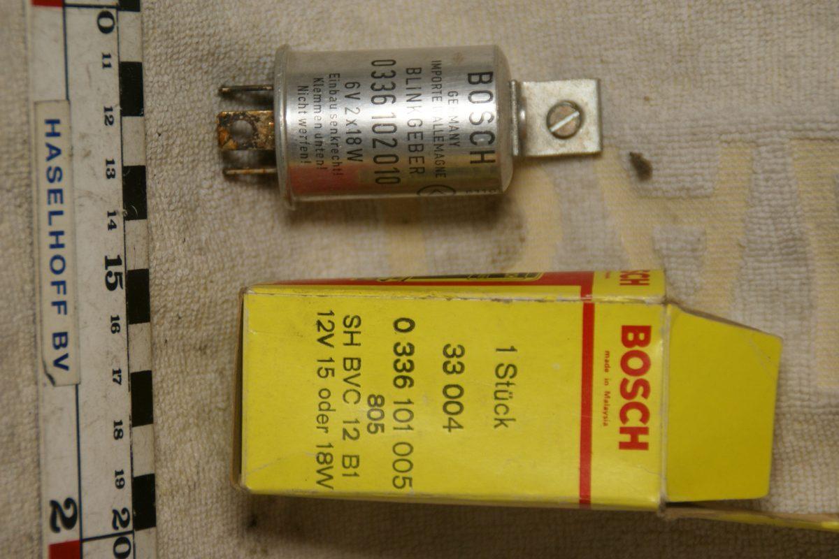 DSC01039 Bosch blinkgeber 0336102010 6V NOS
