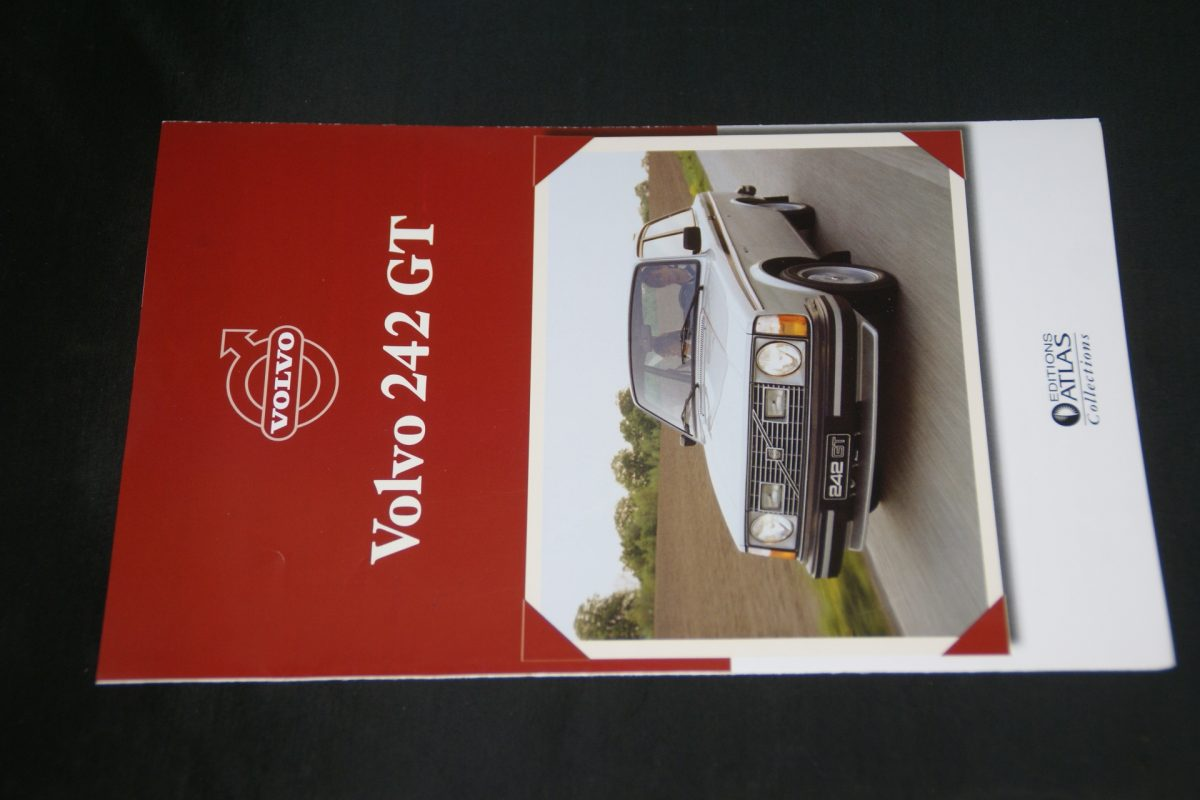 DSC01264 folder Atlas Volvo 242GT