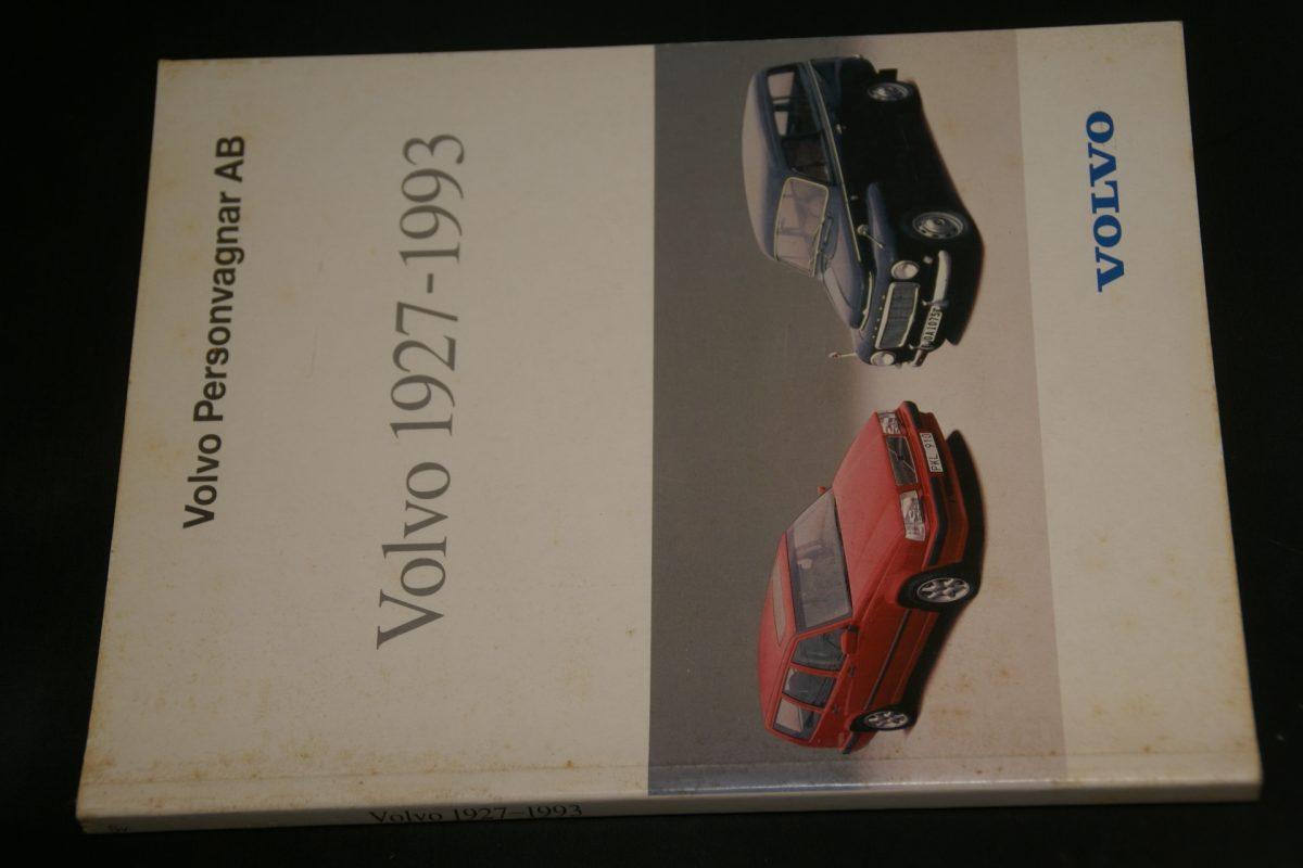 DSC01278 boek Volvo 1927-1993