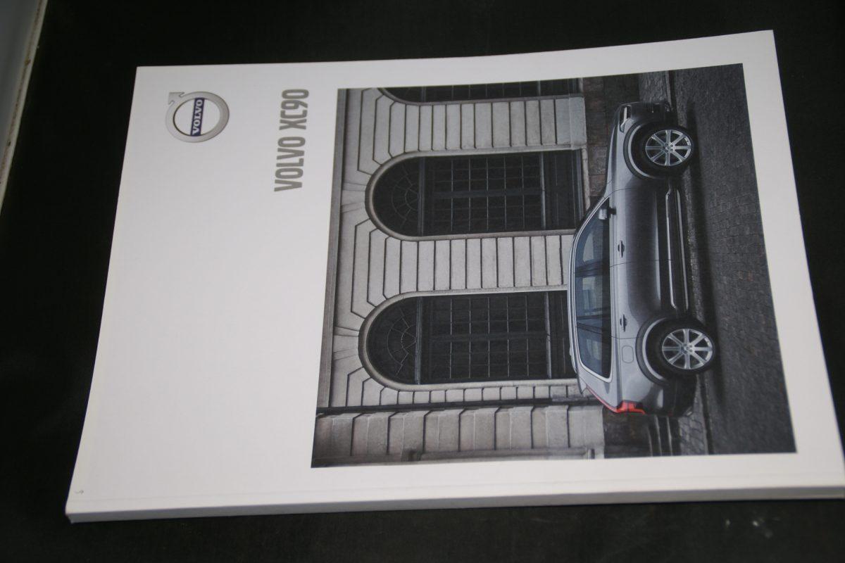 DSC01280 brochure Volvo XC90 MY 18.5 5-2017-NL (V1) mint