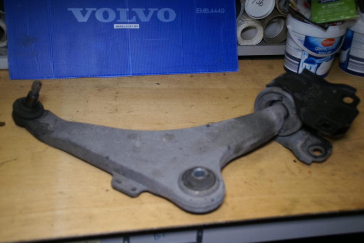 DSC01410 Volvo CSV 70 draagarm